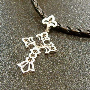 K18WGブラックダイヤモンド十字架ペンダント