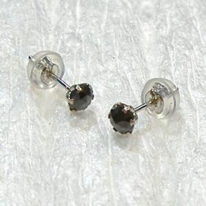 Ptブラックダイヤモンドピアス0.3ct